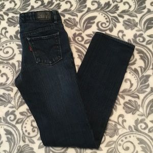 🌺JUST IN Girls Levi's dark slim straight jeans